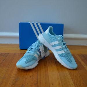 adidas originali della ginnastica poshmark
